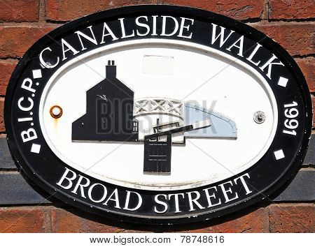 Broad Street Canalside Walk sign.