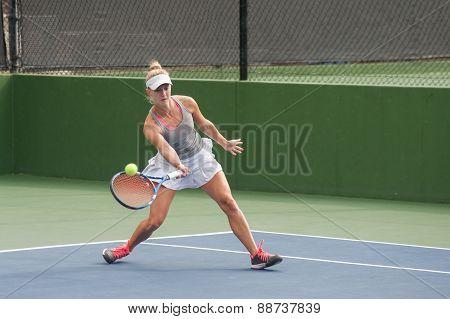 Keeping ball on sweet spot of racquet