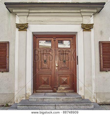 elegant house door, Munchen Germany