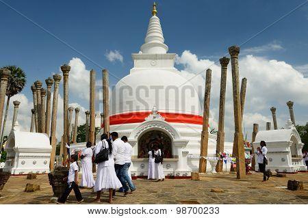 Anuradhapura Ruin, Thuparamaya Dagoba, Sri Lanka