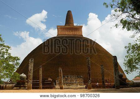 Anuradhapura Ruin, Adhayagiri Dagoba, Sri Lanka