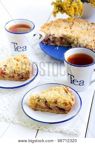 Plum Cake With Streusel Topping