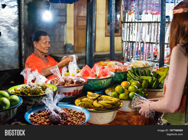 Gianyar Night Market Image Photo Free Trial Bigstock Balinese Traditional In Province Bali Indonesia