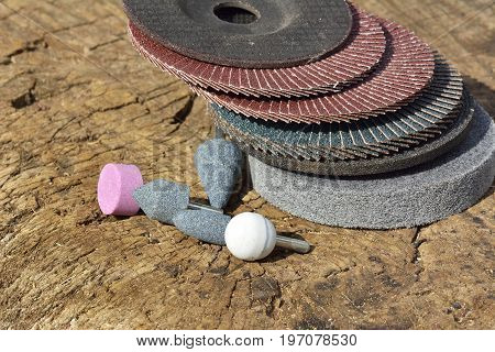 Abrasive wheels. Abrasive sanding head for grinding and cleaning of wood paint metal and other material