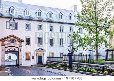 Quebec City, Canada - May 31, 2017: View Of Seminary With Sidewalk And Entrance During Sunset