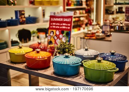 Vintage Pots For Sale