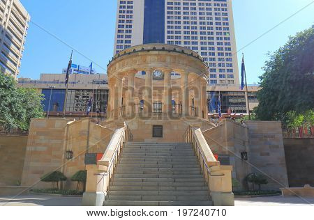 BRISBANE AUSTRALIA - JULY 9, 2017: Unidentified people visit Anzac war memorial.