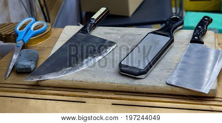 Sharpening stone use for knives and scissor