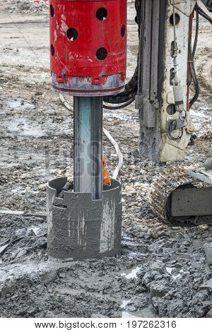 Drilling Pile For Foundation With Bore Pile Rig Machine