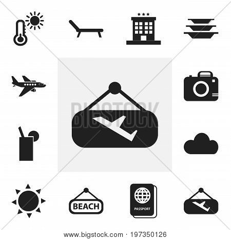 Set Of 12 Editable Travel Icons. Includes Symbols Such As Plage, Photo Cam, Sunbathing And More