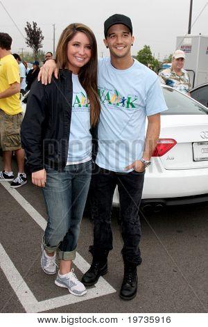 LOS ANGELES - OCT 16:  Bristol Palin, Mark Ballas at the Habitat for Humanity San Fernando/Santa Clarita Valley's