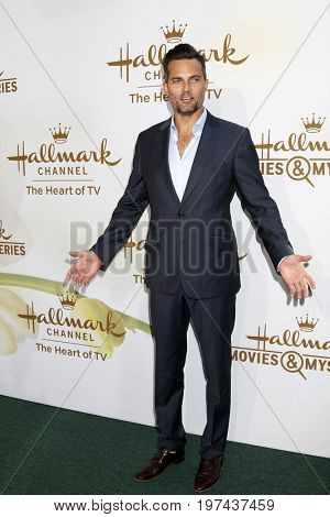 LOS ANGELES - JUL 27:  Scott Elrod at the Hallmark TCA Summer 2017 Party at the Private Residence on July 27, 2017 in Beverly Hills, CA