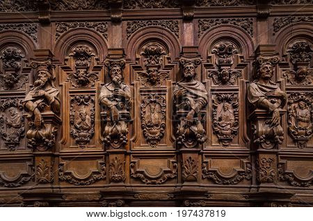 Genial Wooden Engraved Silhouettes And Faces In Old Abbey Floreffe