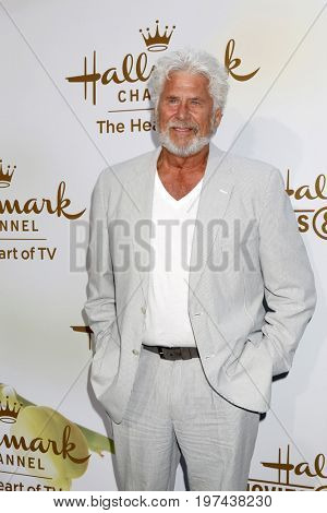 LOS ANGELES - JUL 27:  Barry Bostwick at the Hallmark TCA Summer 2017 Party at the Private Residence on July 27, 2017 in Beverly Hills, CA