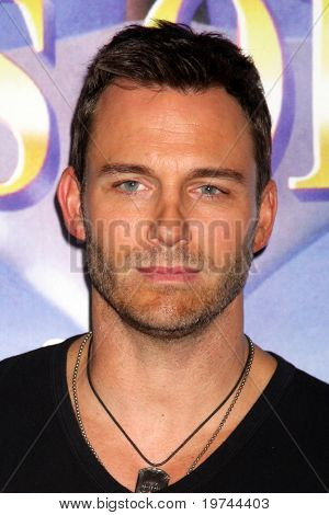 LOS ANGELES - NOV 6:  Eric Martsolf arrives at the Days of Our Lives 45th Anniversary Party at House of Blues on November 6, 2010 in West Hollywood, CA