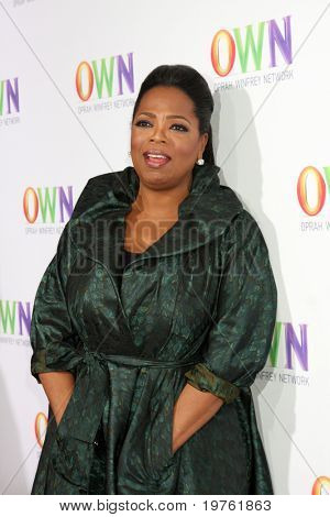 LOS ANGELES - JAN 6:  Oprah Winfrey arrives at the Oprah Winfrey Network Winter 2011 TCA Party at The Langham Huntington Hotel on January 6, 2011 in Pasadena, CA.