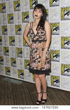 SAN DIEGO - July 23:  Hannah Marks at Comic-Con Sunday 2017 at the Comic-Con International Convention on July 23, 2017 in San Diego, CA