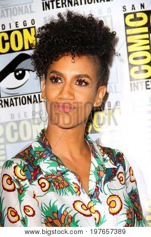 SAN DIEGO - July 22:  Dominique Tipper at Comic-Con Saturday 2017 at the Comic-Con International Convention on July 22, 2017 in San Diego, CA
