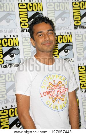 SAN DIEGO - July 22:  Varun Saranga at Comic-Con Saturday 2017 at the Comic-Con International Convention on July 22, 2017 in San Diego, CA