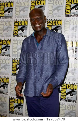SAN DIEGO - July 22:  Peter Mensah at Comic-Con Saturday 2017 at the Comic-Con International Convention on July 22, 2017 in San Diego, CA