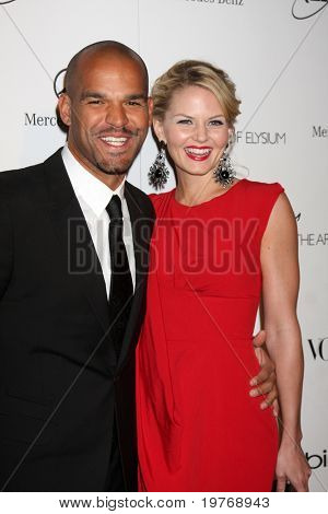 LOS ANGELES - JAN 15:  Amaury Nolasco, Jennifer Morrison arrives at the Art Of Elysium 'Heaven' Gala 2011 at The California Science Center Exposition Park  on January 15, 2011 in Los Angeles, CA