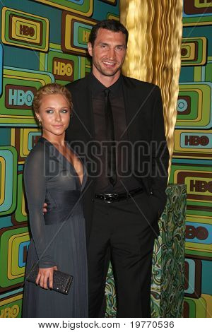 BEVERLY HILLS - JAN 16: Hayden Panettiere, Wladimir Klitschko arrives at the HBO Golden Globe Party 2011 at Circa 55 at the Beverly Hilton Hotel on January 16, 2011 in Beverly Hills, CA