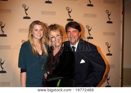 BEVERLY HILLS - JAN 20:  Cloris Leachman, Family arrives at the ATAS Hall of Fame Committee's 20th Annual Induction Gala at Beverly Hills Hotel on January 20, 2011 in Beverly Hills, CA