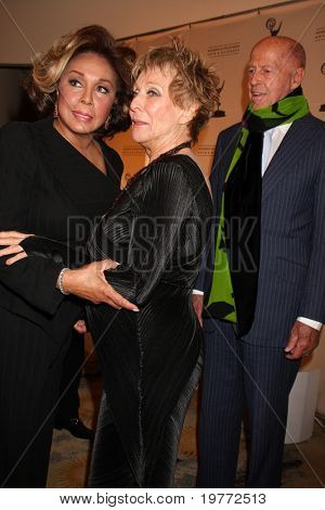 BEVERLY HILLS - JAN 20:  Diahann Carroll; Cloris Leachman arrives at the ATAS Hall of Fame Committee's 20th Annual Induction Gala at Beverly Hills Hotel on January 20, 2011 in Beverly Hills, CA