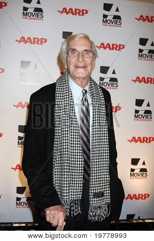 LOS ANGELES - FEB 7:  Martin Landau arrives at the 2011 AARP