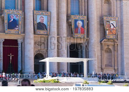 VATICAN CITY VATICAN - OCTOBER 16 2016: Pope's speech stage in front of St Peter's Basilica on piazza San Pietro