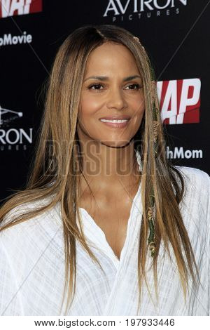 LOS ANGELES - July 31:  Halle Berry at the