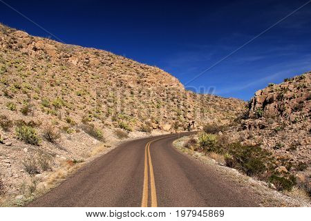 A beautifully isolated desert highway in Big Bend National Park, Texas
