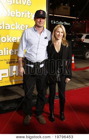 LOS ANGELES - MAR 14:  Liev Schreiber, Naomi Watts arriving at the
