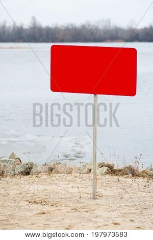 Red Plate On The Beach 02