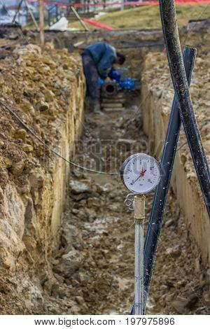 Water Pressure Gauge 2