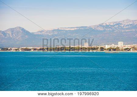 Seascape And The Main Beach Of Costa Dorada, Tarragona, Catalanya, Spain. Copy Space For Text.