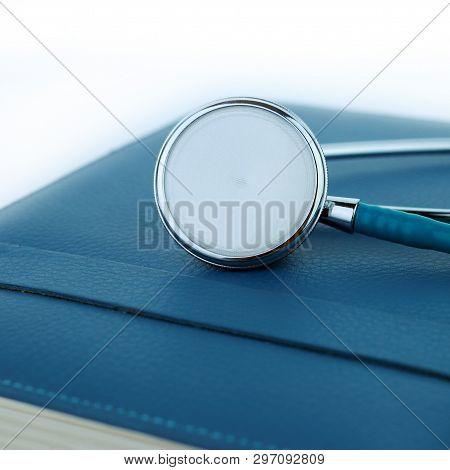 Stethoscope  On A Notebook, Health, Stethescope, Checkup, Stetoscope, Illness, Diagnosis, Instrument