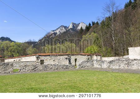 14th Century Red Monastery, Surrounding Wall And View On Three Crowns Massif, Slovakia