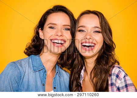 Close Up Photo Of Cute Pretty Ladies Feel Content Glad Laugh Have Free Time Holidays Weekends Fellow