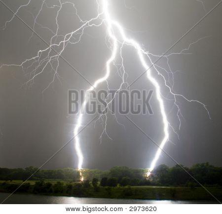 Lightning_Bolt2