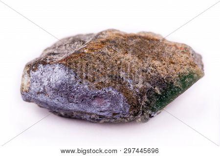 Emerald Macro Nestled In Bedrock Colde Up