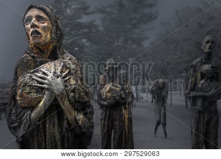 Dublin, Ireland - July 9, 2018: The Famine Statues, In Custom House Quay In The Dublin Docklands