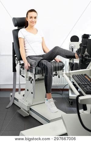 Diagnosis In Rehabilitation, A Device To Measure Muscle Strength