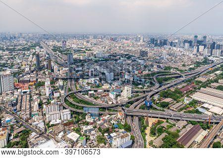 Bangkok, Thailand - August 29, 2020: Bird's Eye View Of Bangkok Skyline Cityscape And Expressway