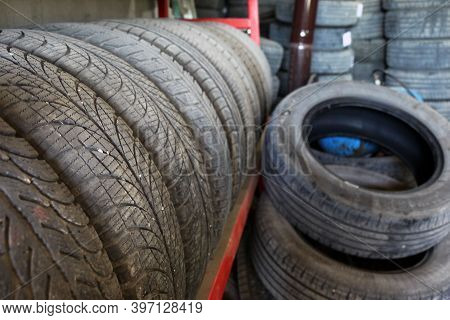 Old Car Tires From Tire Repair Shop, Car Tire Tires For Recycling,