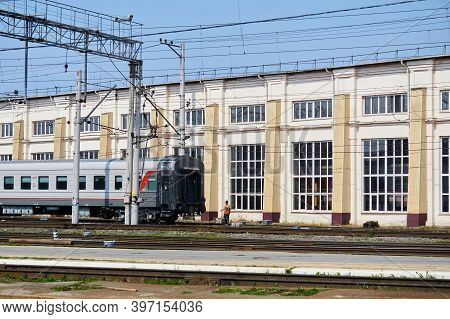 Perm, Russia - August 07, 2020: Shunting Work With Passenger Cars Against The Background Of The Depo