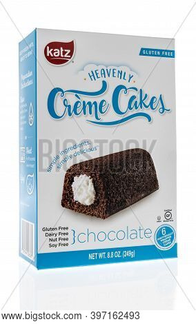 Winneconne, Wi -29 November 2020:  A Package Of Katz Heavenly Creme Cakes On An Isolated Background.