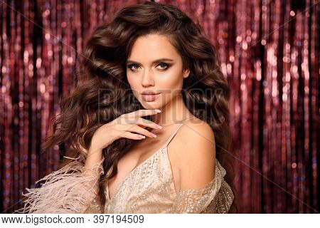 Beautiful Brunette With Healthy Wavy Hair. Glamour Eye Makeup. Fashion Beauty Girl With Manicured Na