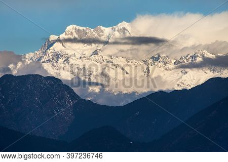 Mount Chaukhamba Evening View, Himalaya, Indian Himalayas, Great Himalayan Range, Uttarakhand India