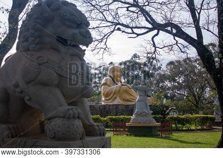 Beautiful Paisage Of A Budist Temple In Foz Do Iguaçú